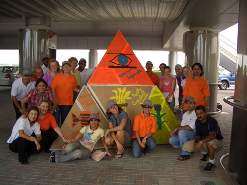 Team Building photos Flat Out Pyramides